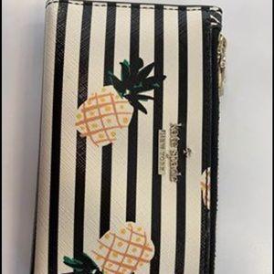 Kate Spadw Pineapple wallet